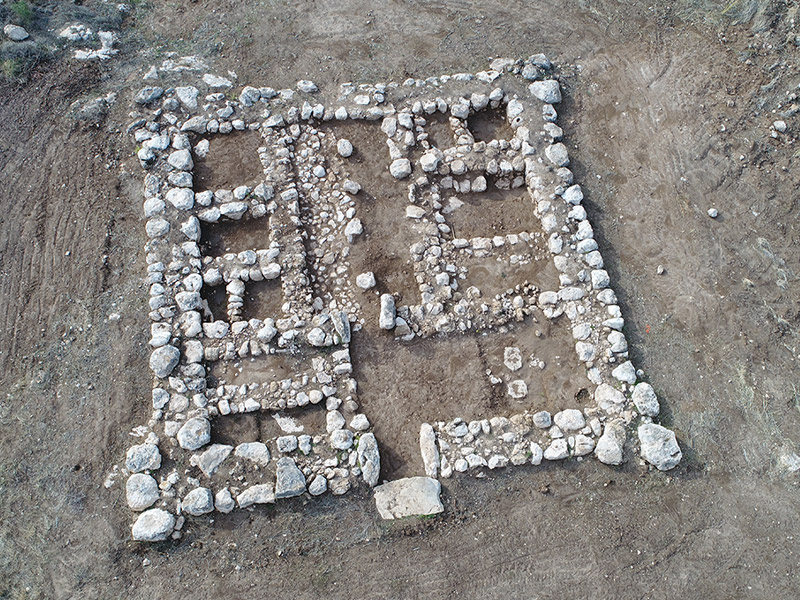 Foto der kanaanitischen Festung, die im Süden Israels gefunden wurde.