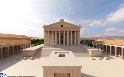 """Tempelrekonstruktion in """"Baalbek Reborn"""": Blick auf einen römischen Tempel (Peripteros), dessen Treppenaufgang von hohen Podesten flankiert wird. Eingerahmt wird der Tempel von einer Portikus zu beiden Längsseiten."""